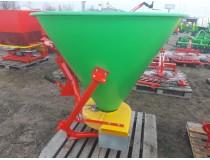 Разбрасыватель минеральных удобрений садовый на 500 кг фирмы Jar-Met